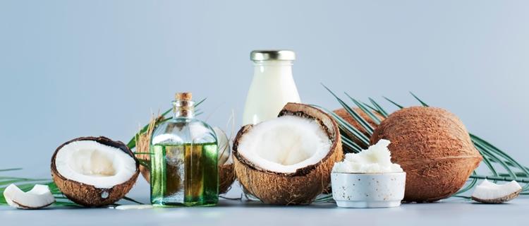 ココナッツや母乳などに含まれる天然成分