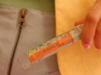 【レビュー】デスクワークでも手軽にサッと塗れる Shea Brand の CBD ロールオン
